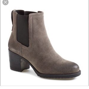 Sam Edelman Hanley Chelsea Boots